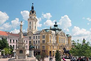 Pécsi társkeresők kedvenc helye a Széchenyi tér