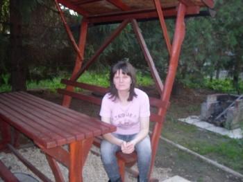 Szilvi 37 éves társkereső profilképe