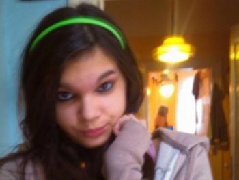 22 éves nő társkereső 17 éves
