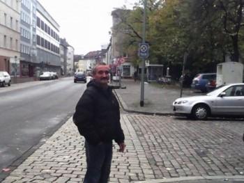 csaba 46 éves társkereső profilképe