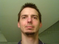 Viktor - 42 éves társkereső fotója