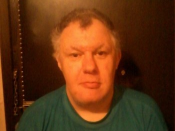guszlik02 54 éves társkereső profilképe
