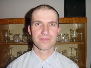 tane 41 éves társkereső profilképe