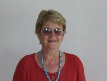 70 éves nő keres férfit