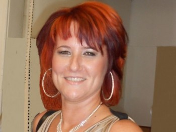 Szilvia75 45 éves társkereső profilképe