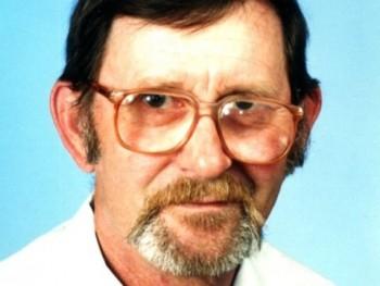 karcsi200 74 éves társkereső profilképe