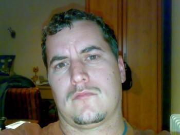 gyuat 39 éves társkereső profilképe