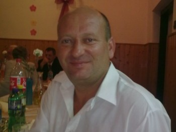 laszló 50 éves társkereső profilképe