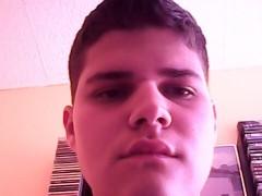 gabor222 - 28 éves társkereső fotója