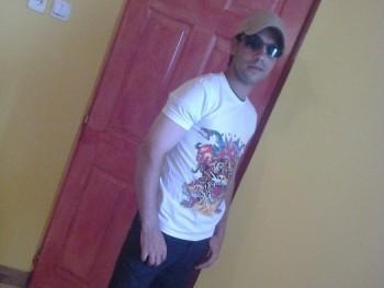 Csaba26 33 éves társkereső profilképe