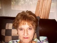 Ilona26 - 66 éves társkereső fotója