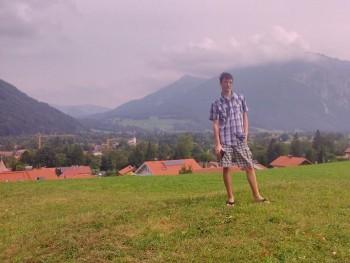 Oznarox 26 éves társkereső profilképe