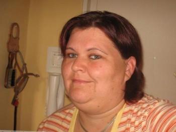 zelmuska 42 éves társkereső profilképe