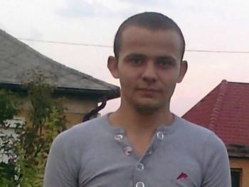 kórógéza 26 éves társkereső profilképe