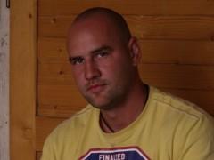 kiszi13 - 41 éves társkereső fotója
