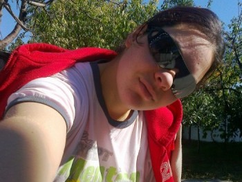 Gabcsika 30 éves társkereső profilképe