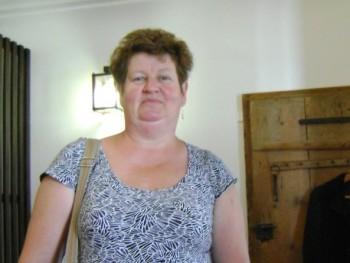 Tóth Abigél 63 éves társkereső profilképe