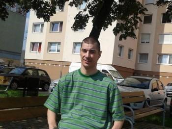 dralizs74 47 éves társkereső profilképe