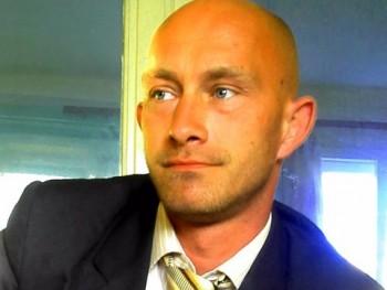 attis2003 39 éves társkereső profilképe