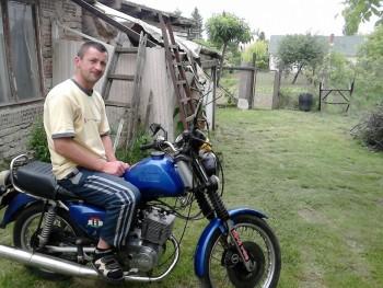 fecus 38 éves társkereső profilképe
