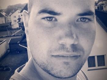mrruck96 24 éves társkereső profilképe