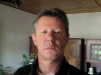 Atanaz 66 éves társkereső profilképe
