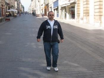 Béci71 48 éves társkereső profilképe