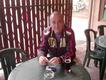 János10 59 éves társkereső profilképe