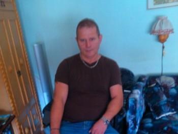Tibbor 57 éves társkereső profilképe