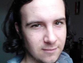 nbalazs23 28 éves társkereső profilképe