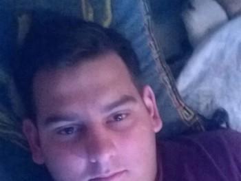 pzoli1994 27 éves társkereső profilképe