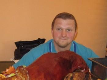 Viktoriusz 35 éves társkereső profilképe