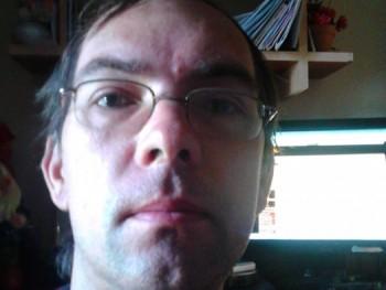 Istvan770929 43 éves társkereső profilképe