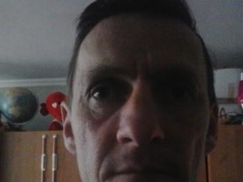 jozsef43 49 éves társkereső profilképe