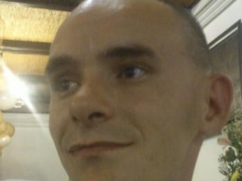 zoli87 34 éves társkereső profilképe