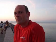 Gábor 17 - 48 éves társkereső fotója