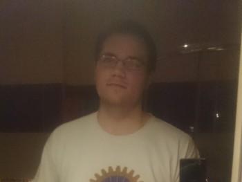 Bence01 28 éves társkereső profilképe
