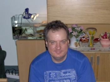 mt52 54 éves társkereső profilképe