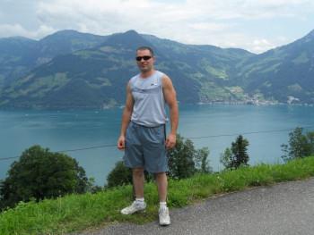 sanyo31 42 éves társkereső profilképe