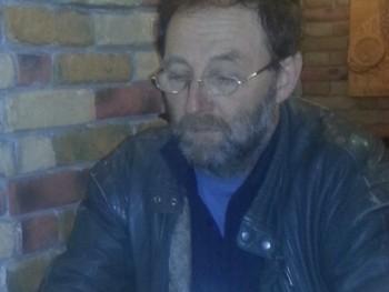 attila008 56 éves társkereső profilképe
