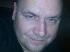 levente29 - 40 éves társkereső fotója