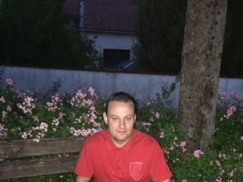 toto77 42 éves társkereső profilképe
