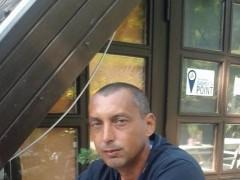 zoli353 - 48 éves társkereső fotója
