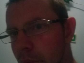 pityu300 31 éves társkereső profilképe