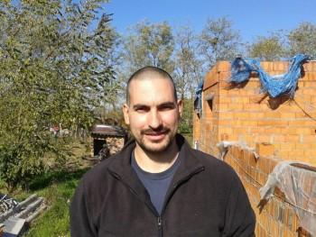 Fredi 40 éves társkereső profilképe