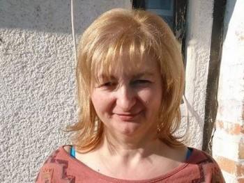 Kata50 55 éves társkereső profilképe