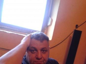 zeusz 45 éves társkereső profilképe