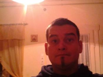 sziszko85 36 éves társkereső profilképe