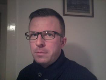 borsodi 43 éves társkereső profilképe