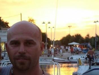 miskolci 51 éves társkereső profilképe
